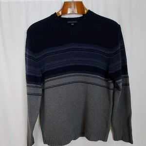 Banana Republic Navy Blue Grey Lambswool Sweater